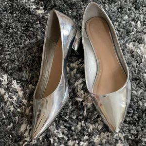 Aldo block pointed toe heel silver shoes 8